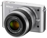 Цифровой фотоаппарат Nikon 1 J1 Kit +10-30mm+30-110mm Silver (VVA154K003)