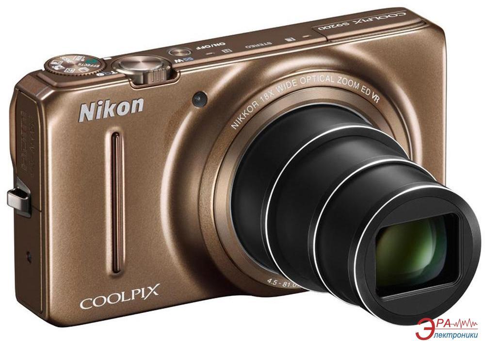 Цифровой фотоаппарат Nikon COOLPIX S9200 Brown (VNA142E1)