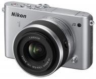 �������� ����������� Nikon 1 J3 + 10-30mm Silver (VVA181K001)