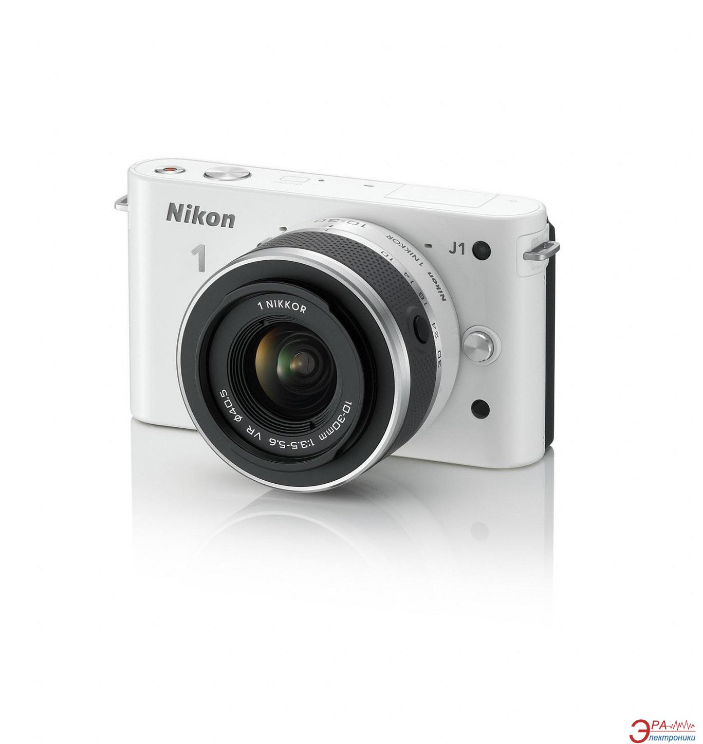 Цифровой фотоаппарат Nikon 1 J1 WH Kit + 10-30mm VR + 10mm White (VVA152K004)