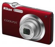 �������� ����������� Nikon COOLPIX S3000 Red (VMA546E1)