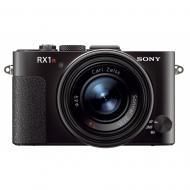 Цифровой фотоаппарат Sony Cyber-Shot RX1R Black (DSCRX1R.CE3)