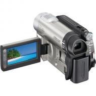 Цифровая видеокамера Sony DCR-DVD650 (DCR-DVD650E)