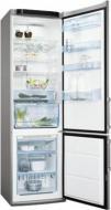 Холодильник Electrolux ENA 38953 X