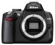 Зеркальная фотокамера Nikon D5000 Body Black