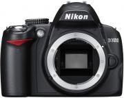 Зеркальная фотокамера Nikon D3000 Body