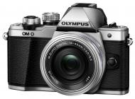 Цифровой фотоаппарат Olympus E-M10 mark II Pancake Zoom 14-42 Kit Silver (V207052SE000)