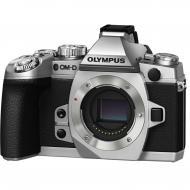Цифровой фотоаппарат Olympus E-M1 Body Silver (V207010SE000)